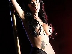 Gorgeous big tit TS Mia pole dancing